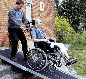 Rampy i podjazdy dla niepełnosprawnych
