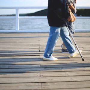 Gdzie kupić dobry sprzęt rehabilitacyjny i na co zwracać uwagę przy zakupie?