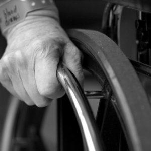 Serwis wózków inwalidzkich – przeglądy, naprawy, wymiana części