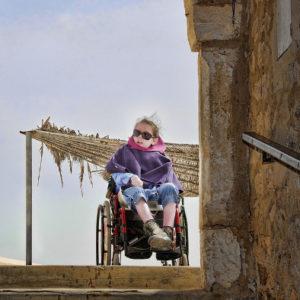 Likwidacja barier architektonicznych a rodzaje schodołazów
